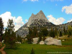 Cathedral Peak Yosemity