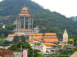 Krásný a velký chramový komplex Kek Lok Si