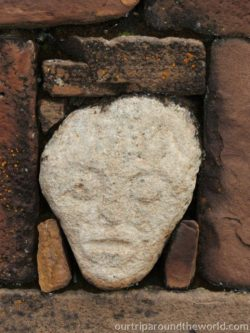 Tihuanaco hlava mimozemšťana