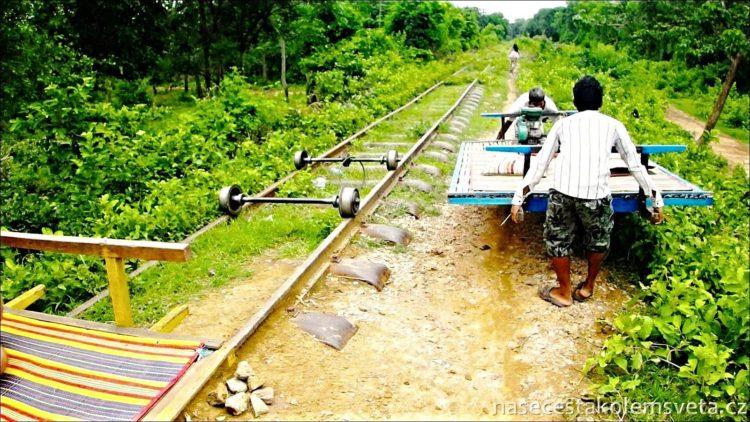 Vlak v Battambangu